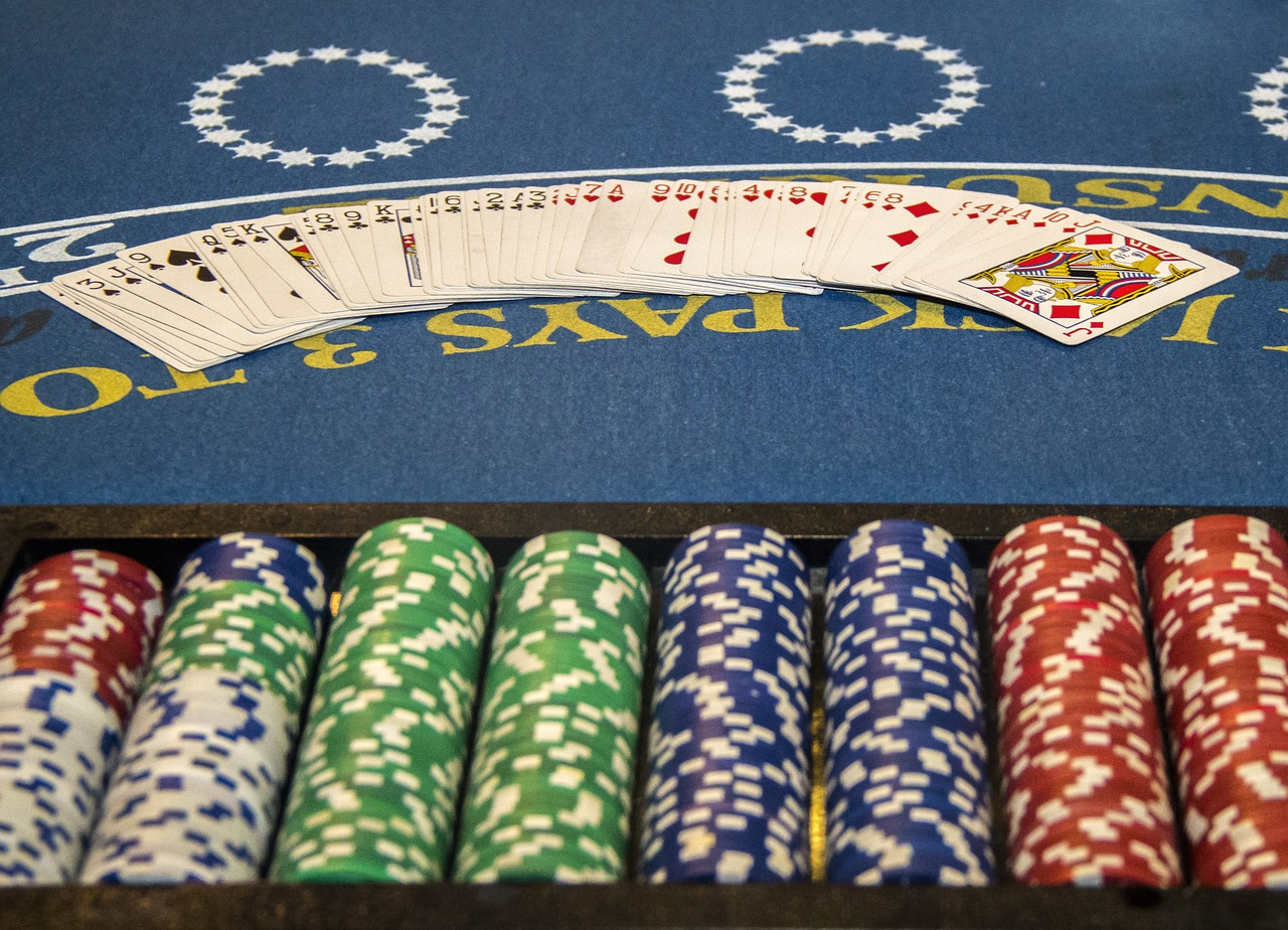 Online Gambling Strategies That Will Help You Earn More Money
